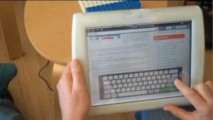 crunchpad b 300x169 Crunchpad   Bande de bidouilleurs, va ! (hacking)